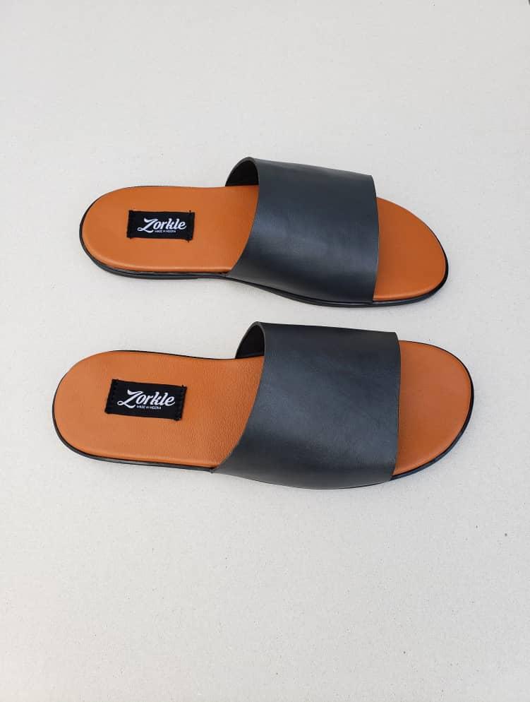 Derbo Slippers Black Leather ZMP113 - Zorkle Shoes