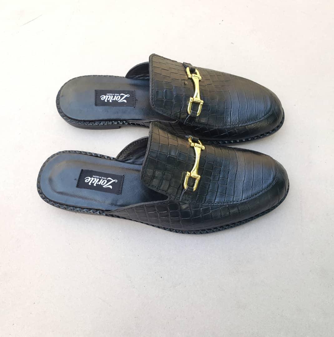 Geng Black Mules ZMS128 - Zorkle Shoes