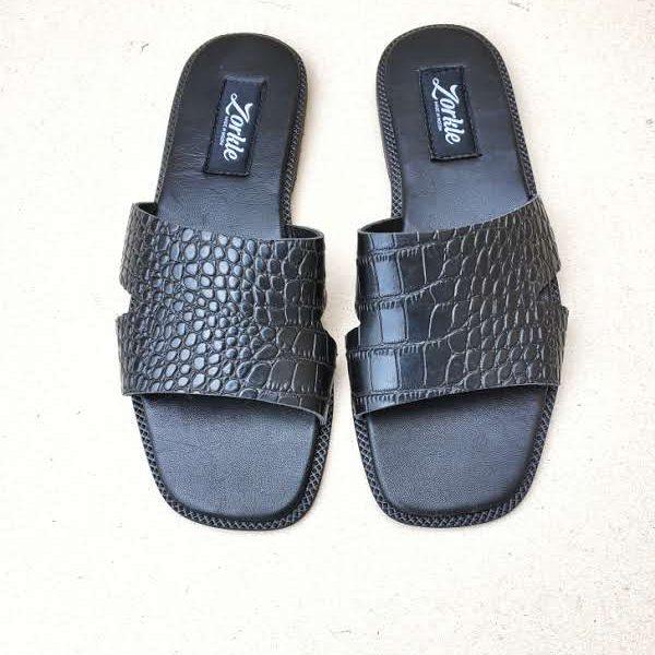 Darah Slippers Black ZFP086- zorkle shoes